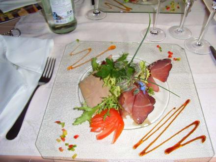 Eine der Vorspeisen - Hotel Restaurant La Chaumiere