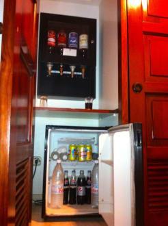 Kühlschrank mit Zapfanlage - ClubHotel Riu Merengue