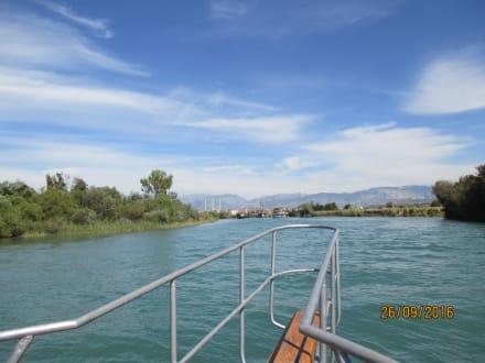 Blieck aufen Fluß - Flussfahrt Manavgat