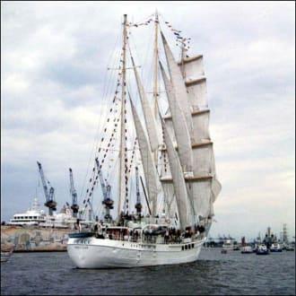 Hafengeburstag in Hamburg - Hafen Hamburg