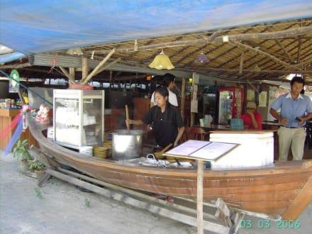Logthailboot - Stationäre Garküche
