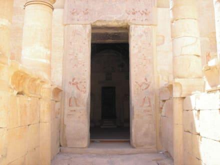 Eingang zur Totenkammer - Tempel der Hatschepsut
