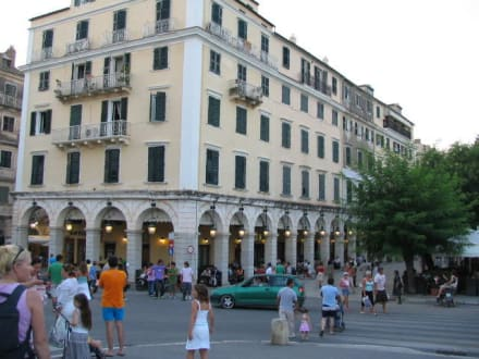 An der Esplanade in Korfu - Altstadt Kerkyra/Korfu Stadt