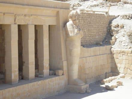 Statue der Königin Hatschepsut - Tempel der Hatschepsut
