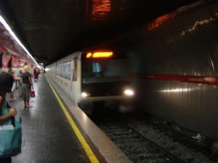Metro-Station - Transport