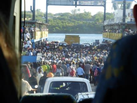 Fähre in Mombasa - Likoni Fähre von Mombasa