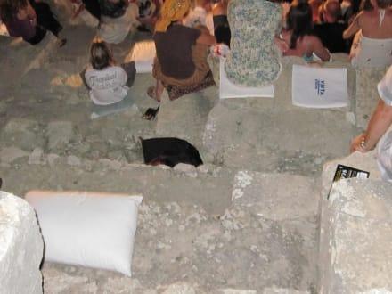 Sitzkissen sind von Vorteil - Festspiele in Aspendos