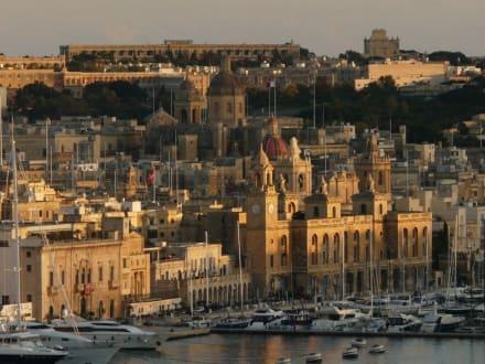 Sonnenuntergang - Hafen Valletta