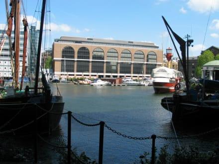 St. Katherines Dock - St. Katharine Docks