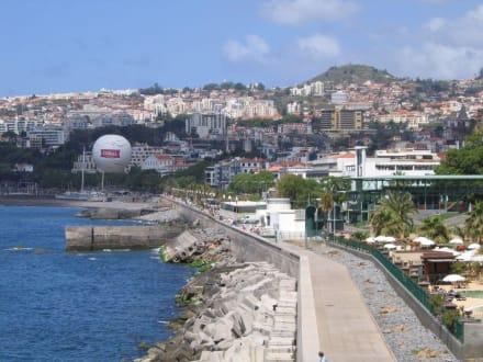 Funchal - Hafenpromenade Funchal