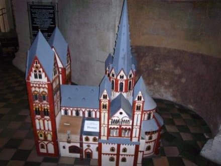 Modell des Limburger Doms mit seinen 7 Türmen - Limburger Dom