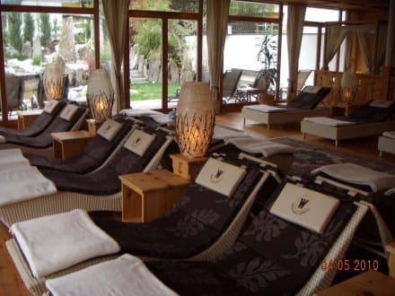 ruheraum sauna bild winklerhotels hotel lanerhof in st lorenzen s dtirol italien. Black Bedroom Furniture Sets. Home Design Ideas