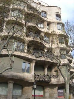 Sonstige Gebäude - Casa Milá