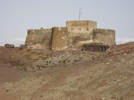 Schöner Ausblick - Castillo Santa Bárbara / Museo del Emigrante Canario