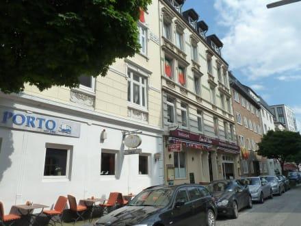 Ditmar-Koel-Straße im Portugiesenviertel - Portugiesisches Viertel
