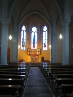 Innenaufnahmen von der St. Elisabeth Kirche. - St. Elisabeth Kirche