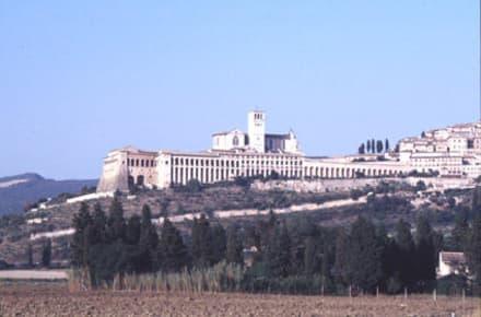 Assisi - die Stadt vom Hl. Franziskus - Basilika San Francesco