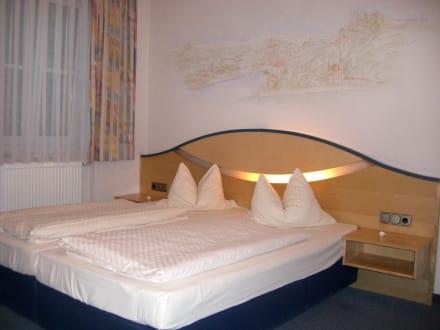Unser schönes Doppelzimmer - Hotel Atrium