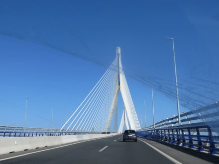 Die große Hängebrücke  - Ausflug nach Cadiz