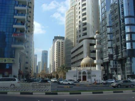 Abu Dhabi - Skyline Abu Dhabi