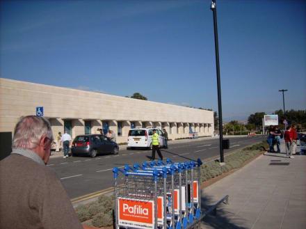 Paphos International Airport - Flughafen Paphos (PFO)