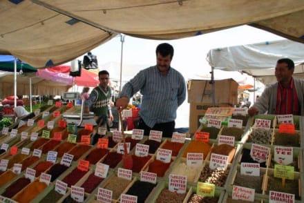 Gewürzhändler am Markt von Manavgat - Markt