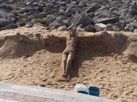 Sandbild mit Jesus - Leuchtturm