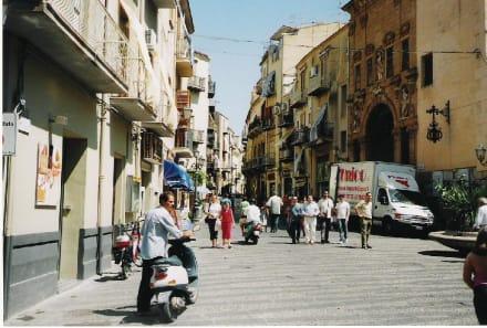 Stadt Szene - Altstadt Cefalu
