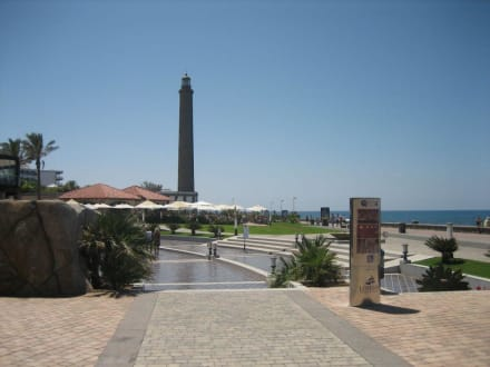 Promenade / Faro - Shoppingcenter Boulevard El Faro