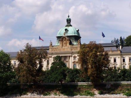 Parlament der CR - Parlamentsgebäude