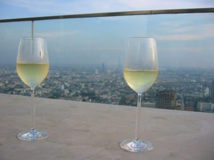 Hoch über Bangkok-State Tower - Sirocco Sky Bar
