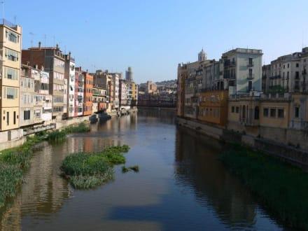 Riu Onyar - Altstadt Girona/Gerona