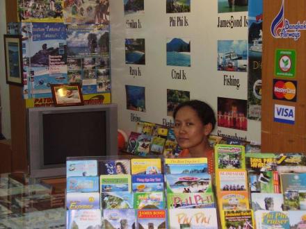 Kleines Reisebüro - Reisebüro gegenüber Tropical Garden
