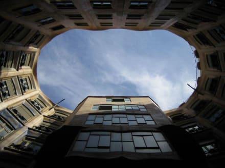 Barcelona, Casa Mila, Dachaufnahme - Casa Milá