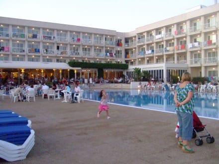 Punta Prima Menorca Xaloc Hotel Hotel Sur Menorca in Punta