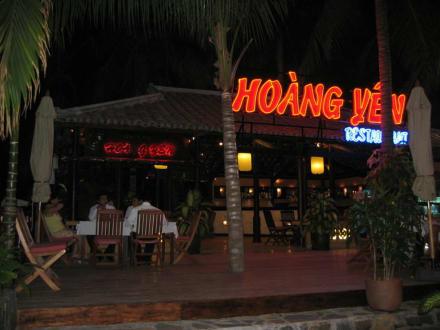 Hoang Yen Restaurant - Hoang Yen
