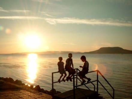 Sonnenuntergang am Strand von Balatonfenyves - Strand Balatonfenyves