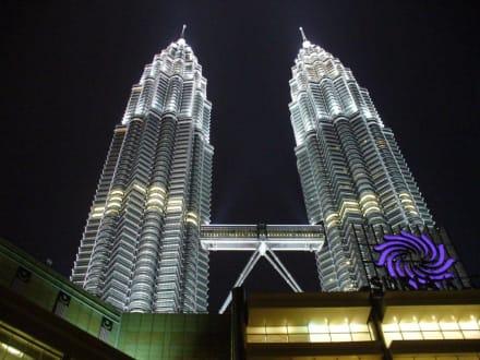 Suria KLCC - Petronas Twin Towers