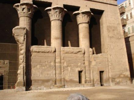 Esna tempel - Tempel des Chnum / Esna