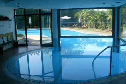 poolanlage innen bild villa pace park hotel bolognese in treviso venetien italien. Black Bedroom Furniture Sets. Home Design Ideas