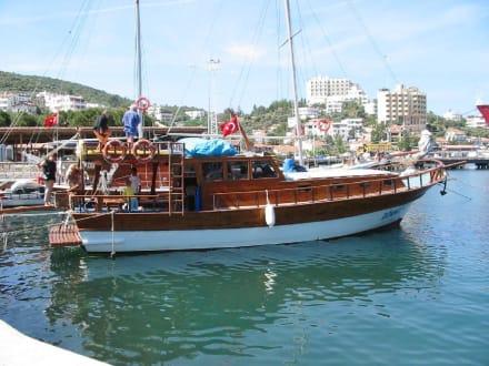Bootstour - Hafen Güllük