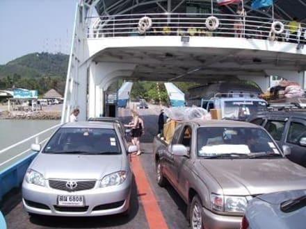 Mit der Fähre und Auto nach Koh Chang - Transport