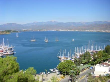 Blick in die Bucht von Fethiye - Yachthafen Fethiye