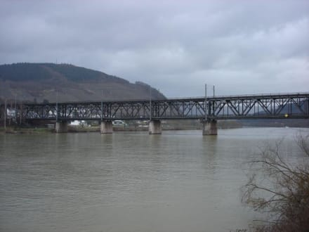 Alfer Doppelstockbrücke - Moselhöhenweg