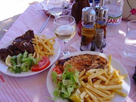 leckeres Essen im Akrigialos in Kato Zakros - Taverna Akrigialos