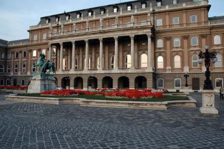 Ungarische Nationalgallerie - Ungarische Nationalgalerie