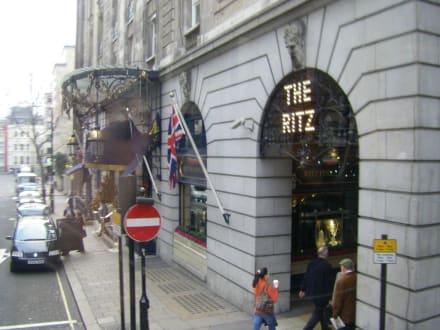 The Ritz - Tea Time im Ritz