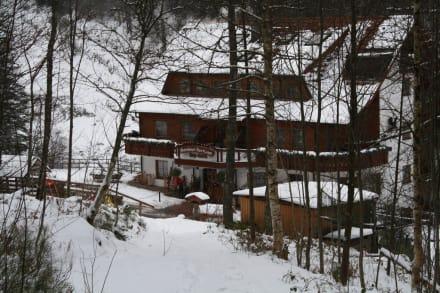 Außenansicht - Wellnesshotel Forsthaus Auerhahn