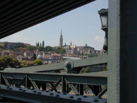Blick von der Kettenbrücke auf die Fischerbastei - Fischerbastei