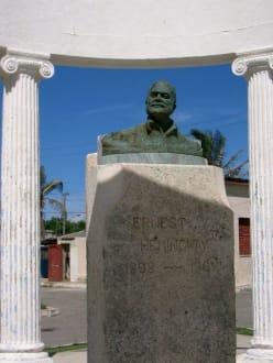 Ernest Hemingway - Fischerort Cojimar